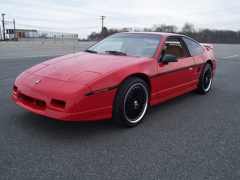 Purchase used 1988 Pontiac Fiero GT 5-speed. Only 7,992 ...